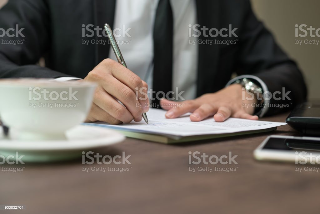 Close Up Businessman Is Signing A Contract Business Contract Details