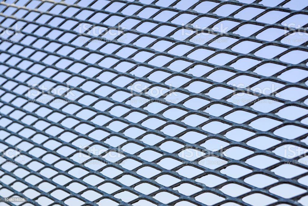 Close up Chain Fence. Metal mesh . Selective Focus - foto stock