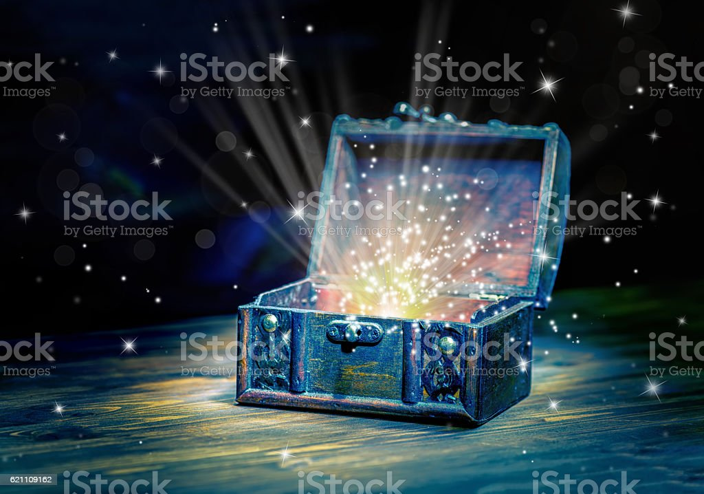 close up concept greeting card of opened vintage chest treasure - foto de acervo