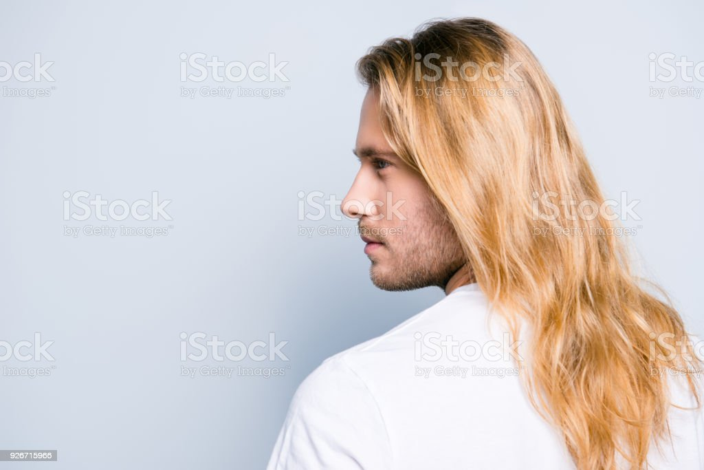 Mann haare lange blonde Lange Haare,