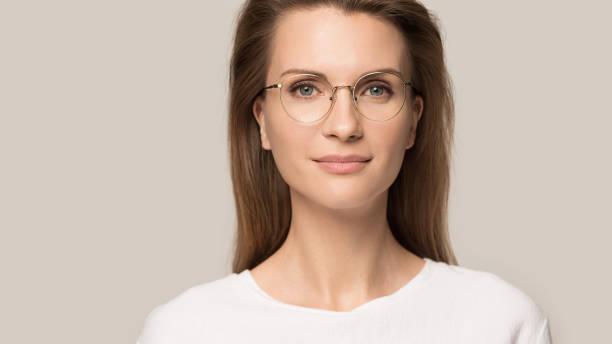 Close up head shot portrait confident young woman in glasses picture id1162203166?b=1&k=6&m=1162203166&s=612x612&w=0&h= 8lfizrognqi7zk5gpcn8wp wurvbhitrfw46cfvgkm=