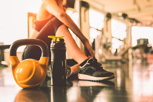 How to Choose the Right Kettlebell Weight - Mens Journal