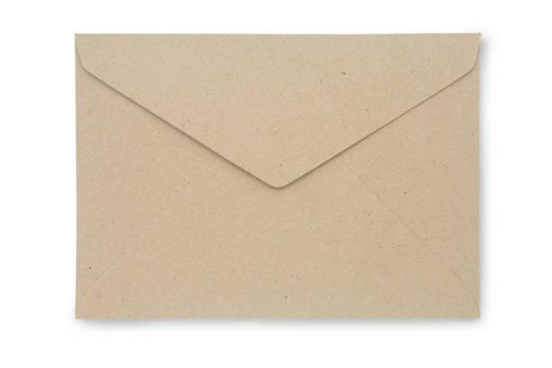 Schließen Sie Kraft Paper Umschlag isoliert auf weißem Hintergrund mit Clipping-Pfad. Kraft Papier Umschlag di geschnitten mit Pfad einfach verwenden, um Ihr Design zu erstellen. – Foto