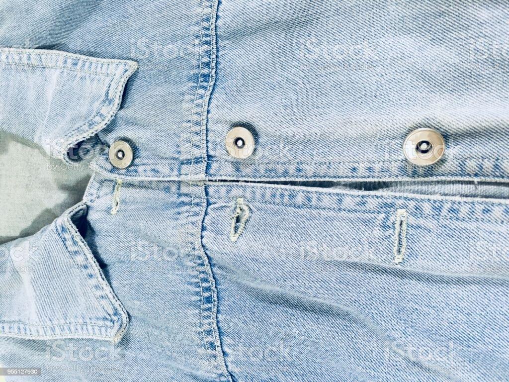 Close-Up de uma jaqueta jeans azul - foto de acervo