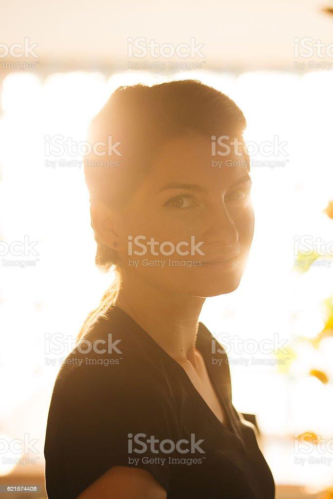 Close up of a cute young woman photo libre de droits