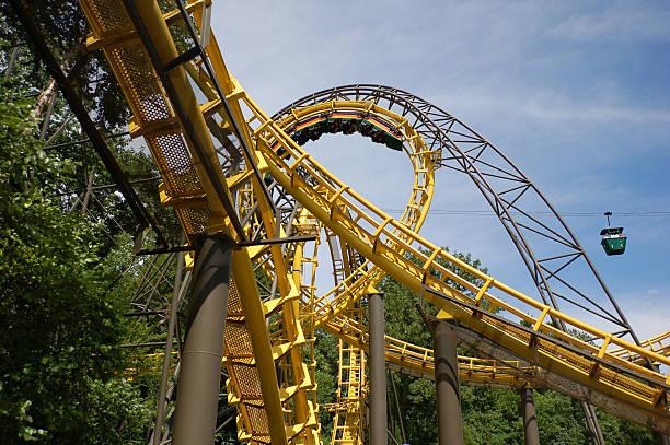 sistema de puentes - roller coaster fotografías e imágenes de stock
