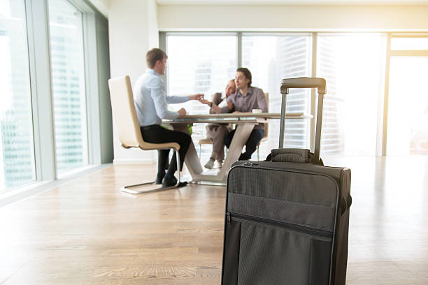 Close up of a suitcase in a flat - foto de acervo