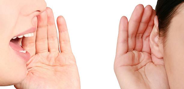 Frauen gesagt, Frau hören Klatsch – Foto