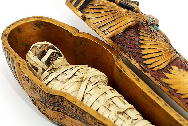 close up of ancient mummy casket - egyptisk kultur bildbanksfoton och bilder
