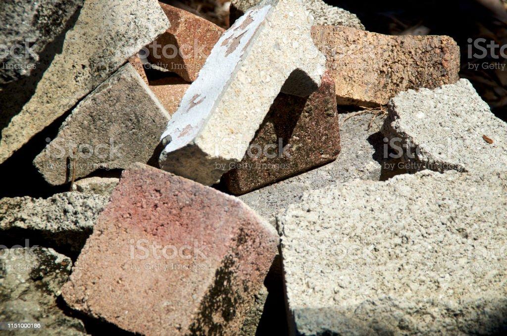 Fermez-vous vers le haut des briques et des pavés de ciment jetés photo libre de droits