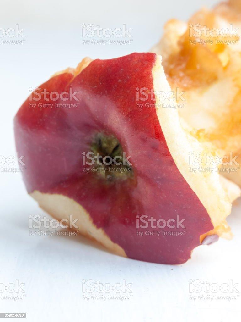Nahaufnahme Von Gegessenen Apfel Kern Fäulnis Zerfall Frisch Stock ...