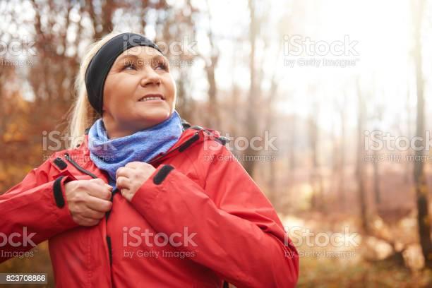 Close up of female senior runner outdoors picture id823708866?b=1&k=6&m=823708866&s=612x612&h=b w2pajxrxmrkvxe4gnq5hiwjp pdzoqkqoynrzfute=