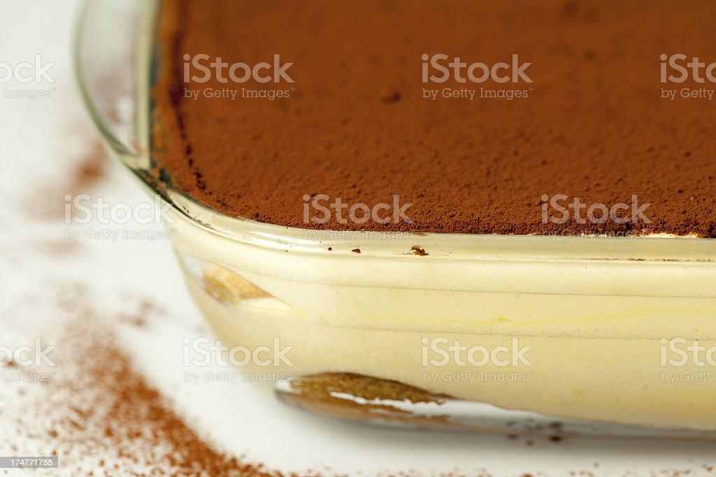 Primo piano di torta dolce italiano Tiramisù - foto stock