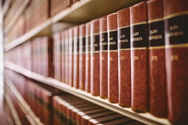 primer plano de derecho de los reportes - derecho fotografías e imágenes de stock