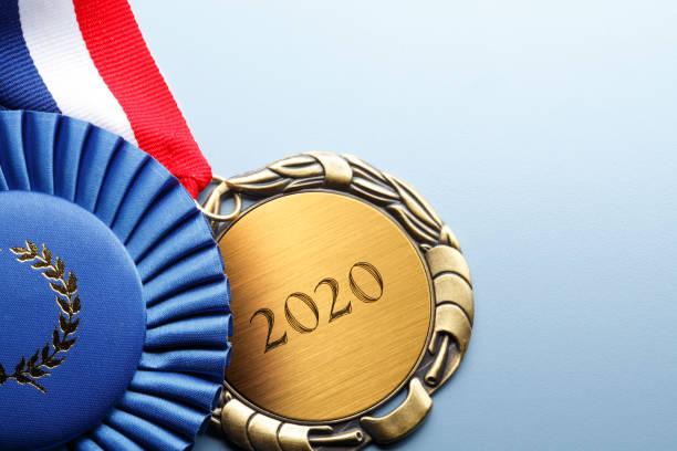 Nahaufnahme der Medaille graviert mit