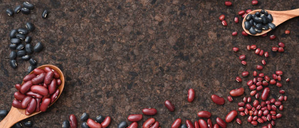 close up of red beans with black beans – zdjęcie