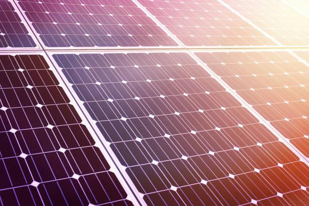 närbild på blanka solenergi panel i solnedgång - solar panel bildbanksfoton och bilder