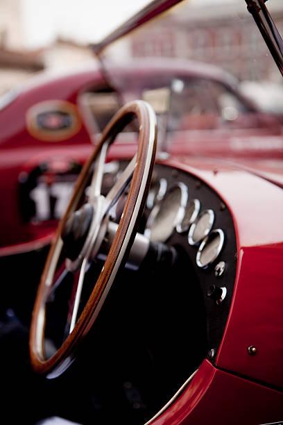 classic car - oldtimer veranstaltungen stock-fotos und bilder