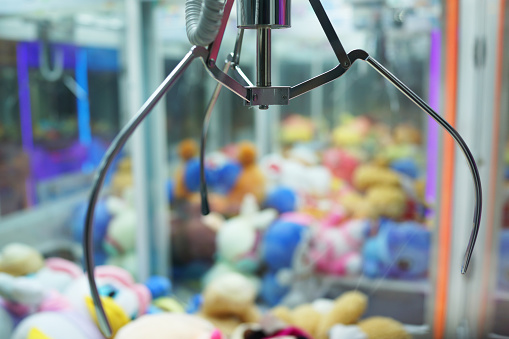 Toy Claw machine – free photo on Barnimages