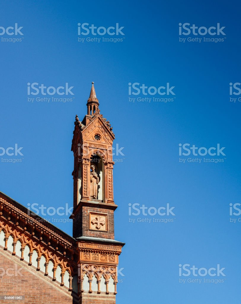 Close up of the front facade of Santa Maria del Carmine Church in Brera neighbourhood of Milan, Italy. - foto stock