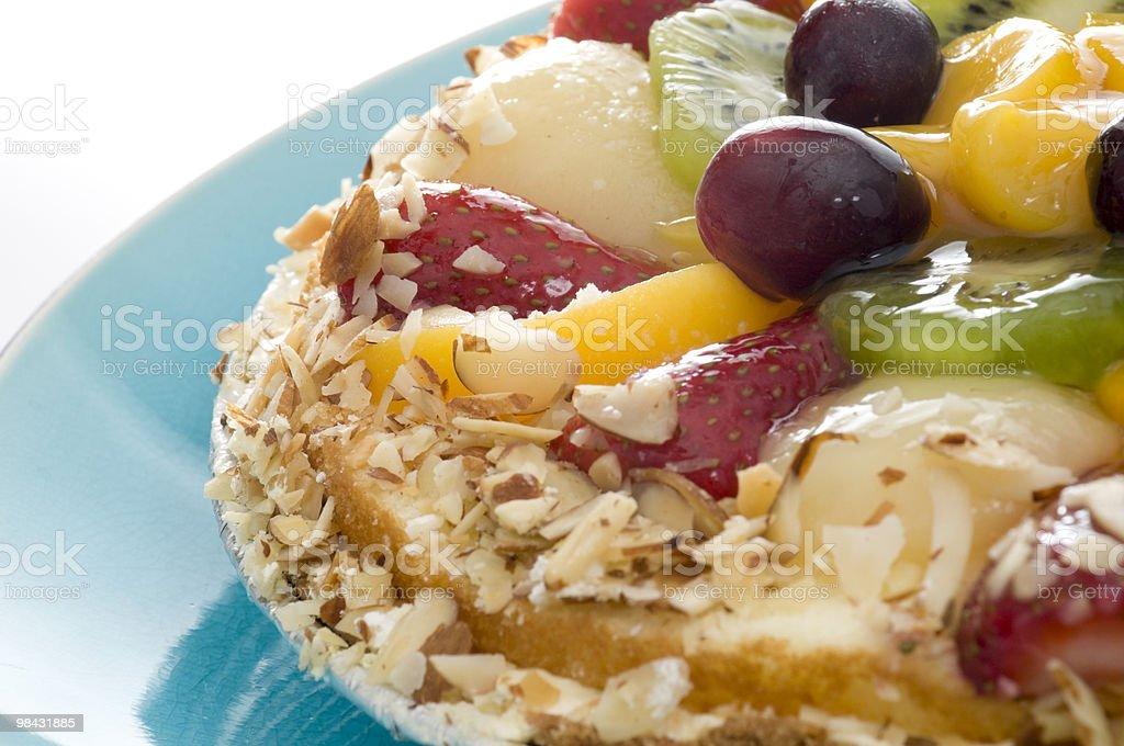 Primo piano di Torta di frutta tropicale foto stock royalty-free