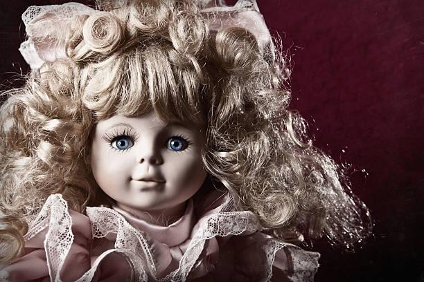 foto de estilo vintage baby doll - muñeca bisque fotografías e imágenes de stock