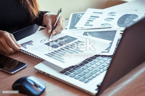 599882200 istock photo Close Up of woman hands using mobile phone 638559590