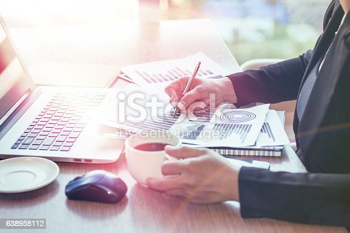 599882200 istock photo Close Up of woman hands using mobile phone 638958112
