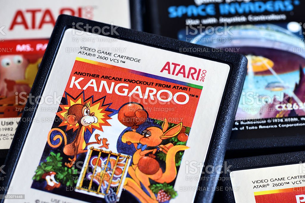 Nahaufnahme auf vintage Atari 2600 Videospiel-Duftpatronen – Foto