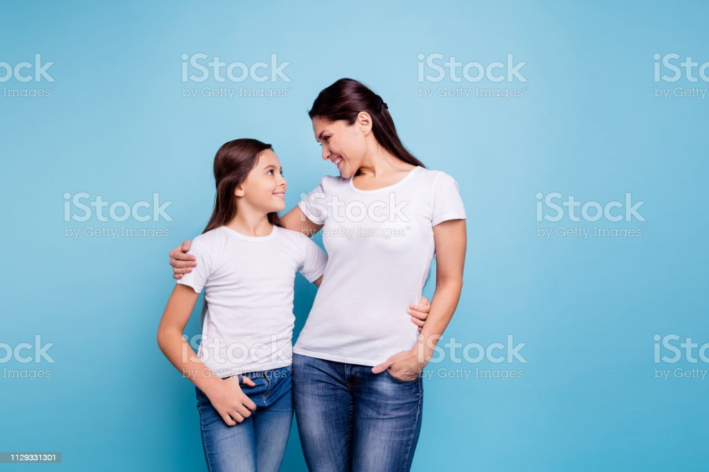 Close up photo amazing pretty two people brown haired mum small...