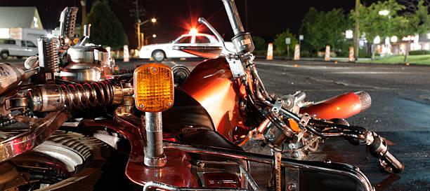 Acidente de motocicleta - foto de acervo