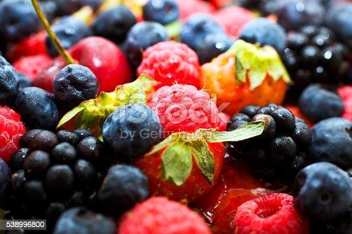 Foto de Close Up Shot Of Fresh Berry Fruits e mais banco de imagens de Alimentação Saudável