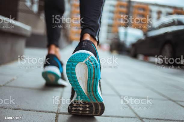 Close up shot of runners shoes picture id1148822167?b=1&k=6&m=1148822167&s=612x612&h=vxcdu8lnpw1phfh9wkcn2ltfneu7pw6ycq6u1xqsry0=