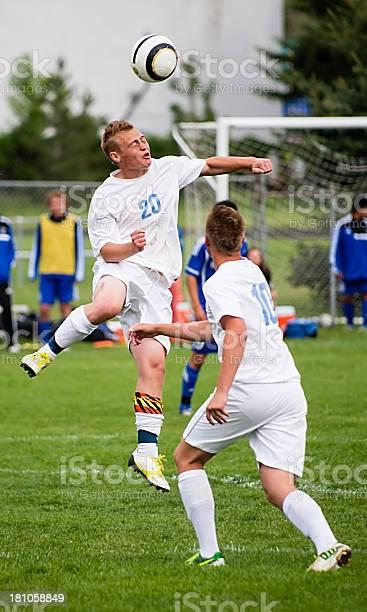 Close up shot of soccer match picture id181058849?b=1&k=6&m=181058849&s=612x612&h=y2i 7pyfw2i4bvggzoifmdxg5pjpsuemsceuxpubk58=