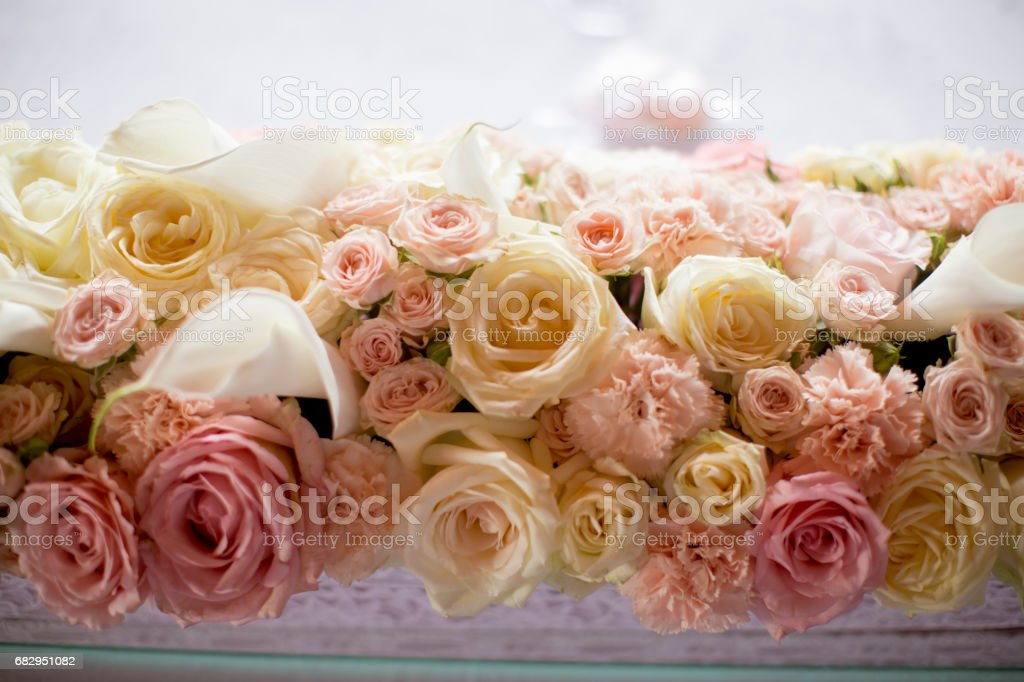 Close up view at flower decorations for holidays and wedding dinner foto de stock libre de derechos