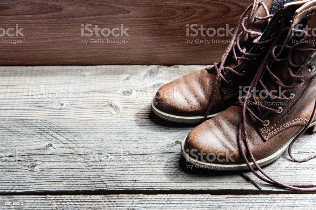 Nahaufnahme von braunem Leder Mann oder Frau neue trockene saubere Schuhe – Foto