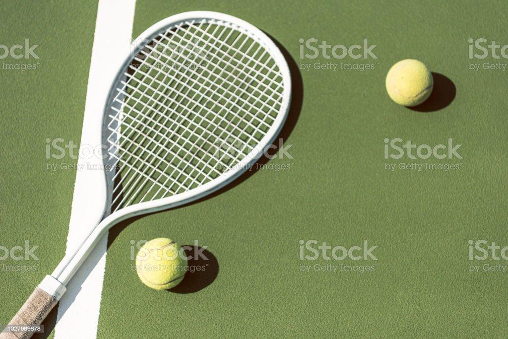 online store 35df7 e2d96 Nahaufnahme Der Tennisausrüstung Auf Grüne Tennisplatz ...