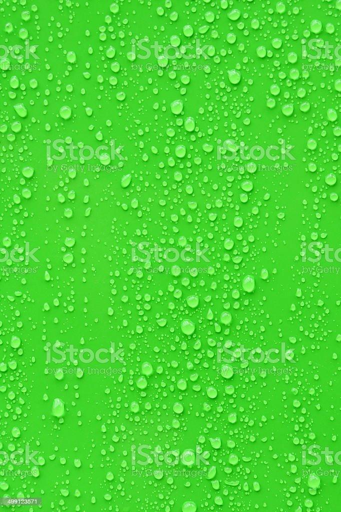Primo Piano Dacqua Caduta Su Sfondo Verde Fotografie Stock E Altre