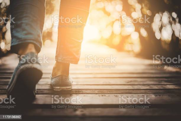 Close up woman walk in to the wild with sunset and sunlight picture id1173136352?b=1&k=6&m=1173136352&s=612x612&h=rwu4vodfofe9ixbxgjbtoeb9w0xcd5yafhdyt4k9bxw=