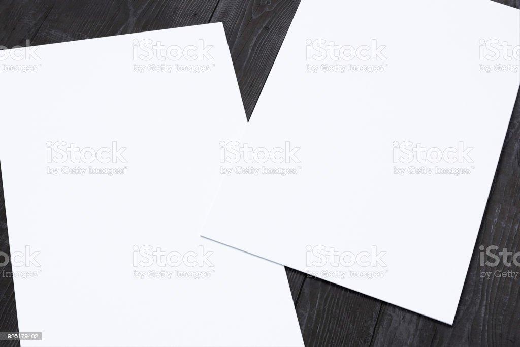 Nahaufnahme Der Leere Visitenkarten Auf Holz Schreibtisch 3d