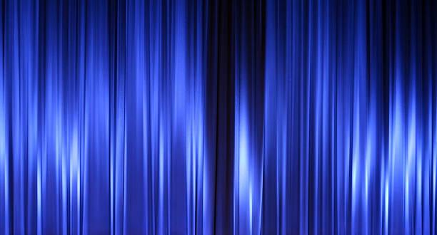 chiusi tende di un teatro blu, vuota - sipario foto e immagini stock