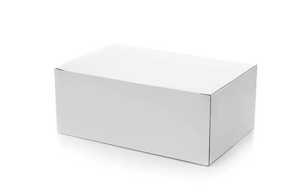 fechado caixa de papelão no branco - box - fotografias e filmes do acervo