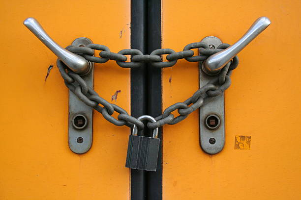 Closed plus locked with chain and padlock  pejft stock pictures, royalty-free photos & images