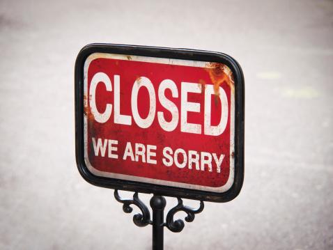 istock closed sign 469749465