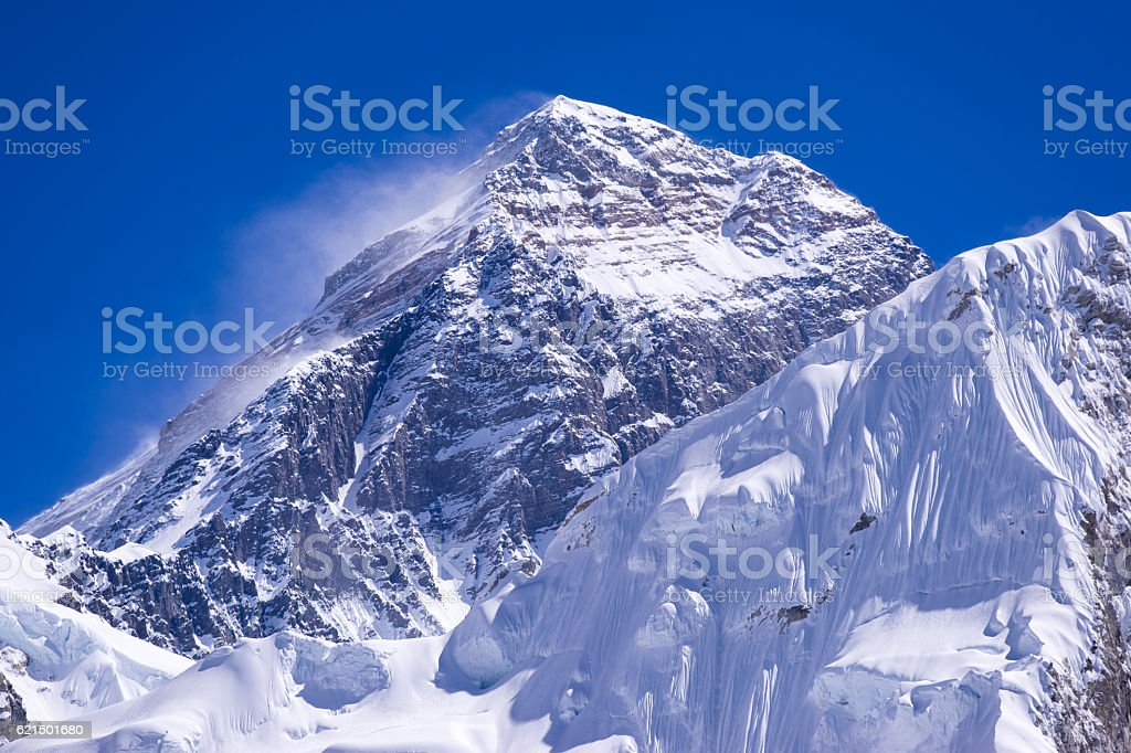 closed up view of Everest peak from Gorak Shep. foto stock royalty-free