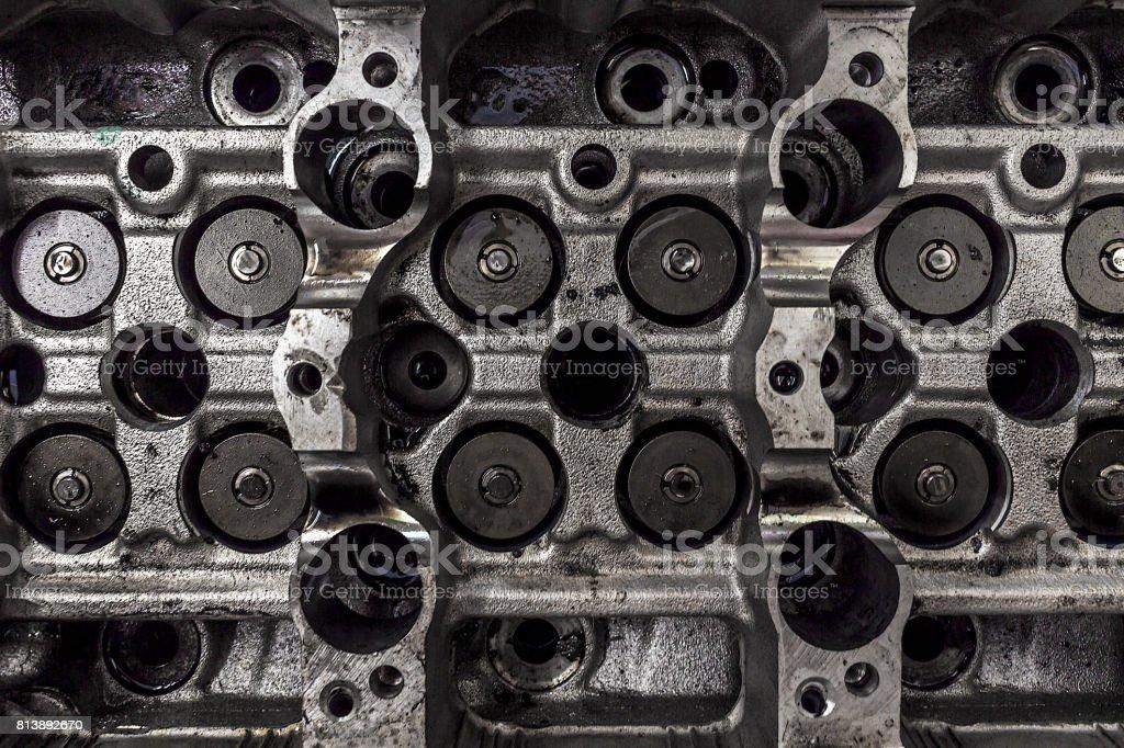 Closeup Automotor mit Soft-Fokus im Hintergrund. über das Licht – Foto