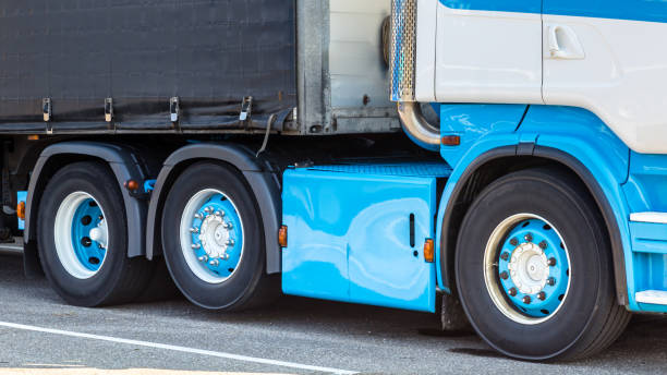 close-up marine blaue lkw - pickup trucks stock-fotos und bilder