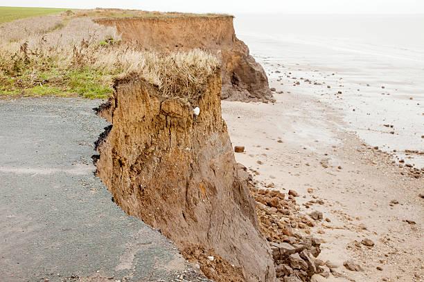 erozja brzegowa - erodowany zdjęcia i obrazy z banku zdjęć