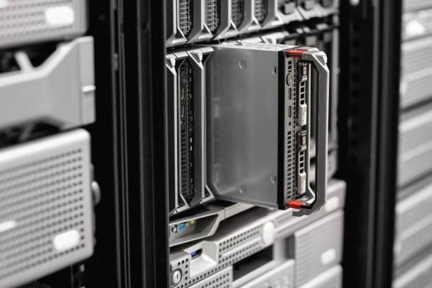 Nahaufnahme der Blade-Server-Rack bei Enterprise Datacenter – Foto
