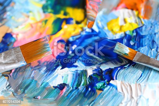istock Closeup of brush and palette. 627014204